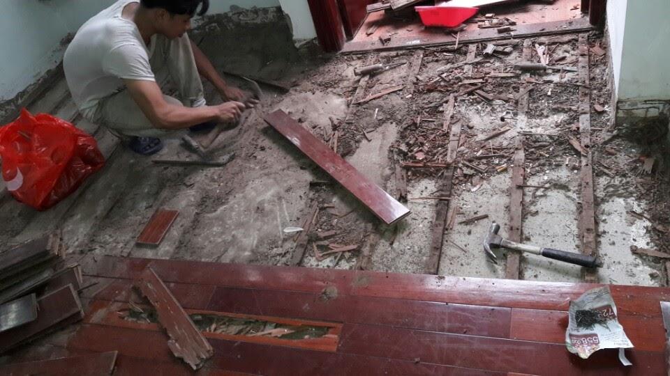 Diệt mối sàn gỗ công nghiệp